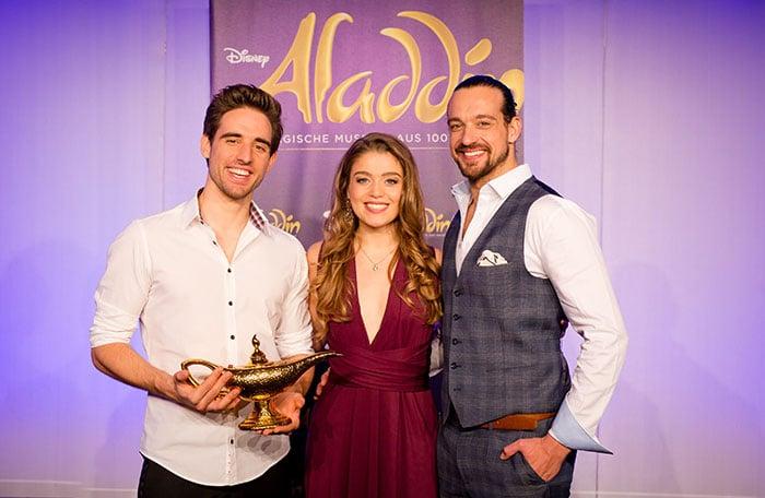 Hauptdarsteller Für Disneys Aladdin Stehen Fest Si Centrum Stuttgart